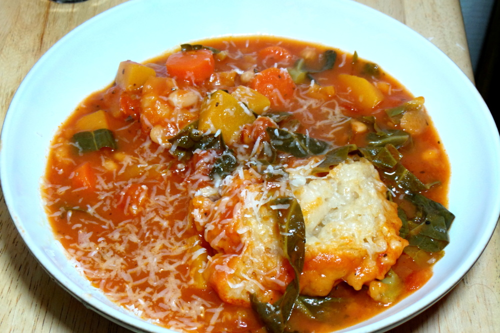 Vegetable, tomato and bean soup